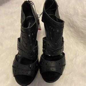 Black, Charming Charlie's heel